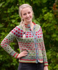 Ravelry: Valmuejakken - Poppyjacket pattern by Cecilie Kaurin and Linn Bryhn Jacobsen
