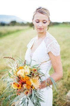 Fall Wedding, Wedding Photography, Autumn, Wedding Dresses, Fashion, Blush Fall Wedding, Bride Dresses, Moda, Bridal Gowns