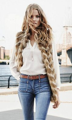 Loving this blouse and faux fur vest combo from Express More faux fur outfit inspiration Fur Vest Outfits, Casual Outfits, Fall Winter Outfits, Autumn Winter Fashion, Spring Outfits, Woman Outfits, Fashion Outfits, Fashion Vest, Fashion Clothes