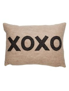 dormify xoxo pillow