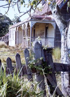 Once a lovely veranda to relax after a hard days work, now gone, empty paddocks now. Abandoned Farm Houses, Abandoned Places, Old Houses, Derelict Buildings, Old Buildings, Beautiful Homes, Beautiful Places, Small Cottages, Cottage In The Woods
