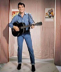 King Elvis Presley, Elvis Presley Movies, El Rock And Roll, King Creole, Rare Images, Country Boys, Photos Du, Lps, Belle Photo