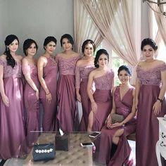 Indian Bridesmaid Dresses, Bridesmaid Saree, Bridesmaid Dress Colors, Lace Bridesmaids, Summer Wedding Outfits, Wedding Dresses For Girls, Wedding Party Dresses, Saree Wedding, Dress Brokat Modern