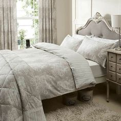 Catherine Lansfield Versaille Floral Light Grey Kingsize Bedset | Departments | DIY at B