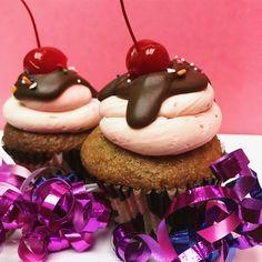 #cupcakes #banana #chocolate #cherry