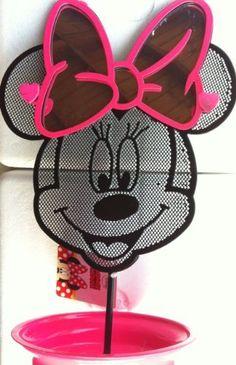 Minnie Mouse earring holder rominaaaaa!