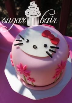 Hello Kitty Design Cake Goldilocks : Tutorial Hello Kitty e torta compleanno bimba My Cake ...
