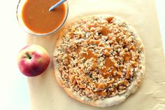 //caramel apple dessert pizza