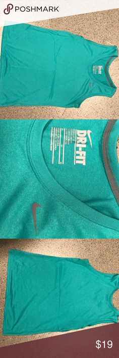 Teal/Green Nike Dri-Fit Tank Top/Muscle T• size M Teal/Green Nike Dri-Fit Tank Top• size M Nike Tops Muscle Tees