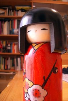 kokeshi....love these lil things!