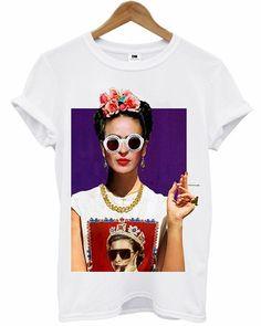 T-Shirt - Frida Kahlo Cute Tshirts, Cool Shirts, Vogue, Frida Kahlo T Shirt, Mexico Fashion, Paint Shirts, Geek Shirts, Bts Inspired Outfits, Thrift Fashion