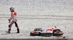 2013 : Sepang Pre-Season Test : The First MotoGP Crash of Marc Marquez :