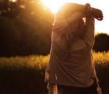 Inspiring picture alone, back, beautiful, blonde, girl, hair. Resolution: 500x333 px. Find the picture to your taste!