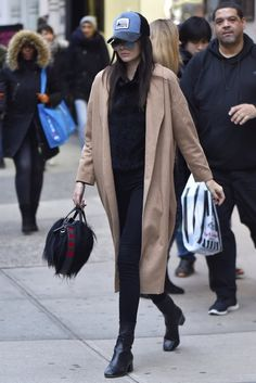 Pin for Later: 10 Times Kendall Jenner Proved Her Furry Givenchy Bag Was the Most Versatile Thing She Owns No Outfit Is Too Casual or Too Dressy For Kendall's Trusty Bag