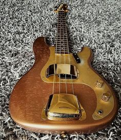 Playing The Guitar Is Easy With These Tips And Tricks Fender Precision Bass, Fender Bass, Fender Guitars, Bass Guitars, Electric Guitars, Guitar Tabs, Cool Guitar, I Love Bass, All About That Bass