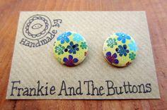 Funky flower earrings wooden buttons by FrankieAndTheButtons