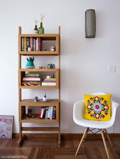 Bookcase Shelves, Bookcases, Cozy House, Wood Furniture, Home Office, Architecture Design, Sweet Home, House Design, Interior Design