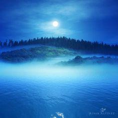 Blue night by Alvar Astúlez