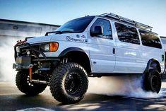 4x4 Camper Van, 4x4 Van, Truck Camping, Van Camping, Ford 4x4, Ford Trucks, Lifted Van, Kombi Motorhome, Ford E Series
