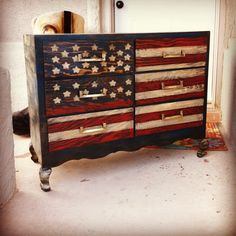 Easy of July Crafts That Celebrate America American flag patriotic dresser Patriotic Room, Patriotic Crafts, July Crafts, Patriotic Decorations, Furniture Projects, Furniture Makeover, Home Projects, Diy Furniture, Hand Painted Furniture
