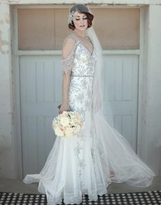 Love this look - a classic Jane Hill wedding dress