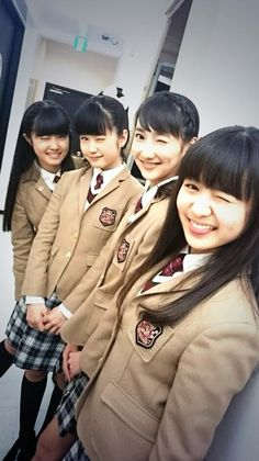 Hana-san...wrong eye :D This pic gives me so much feels, they all graduated! :(