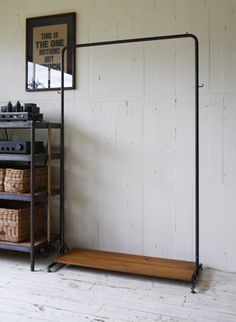 TRUCK|TRUCK-ZAKKA|168. SUTTO HANGER SHELF BOARD