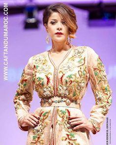 Farah BENCHEKROUN Caftan fashion show paris Photographe: Nour Eddine El Ghoumari.  Mannequin : Leila Hadioui www.caftandumaroc.com
