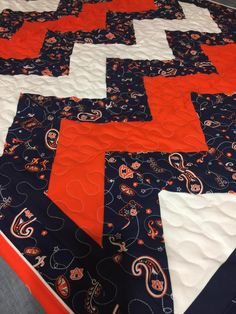 Auburn Baby Quilt by NeNesQuilts on Etsy