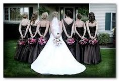 Unique Wedding Photo Ideas     nice way to show off those beautiful hairstyles no one ever seems to photos of.