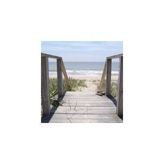 east hampton - New York City | nextstop.com ❤ liked on Polyvore featuring backgrounds, pictures, beach, photos and summer