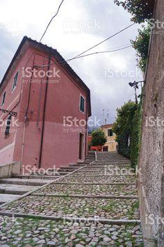 https://secure.istockphoto.com/photo/street-in-the-village-of-poggio-elba-island-tuscany-italy-gm534126744-94727519