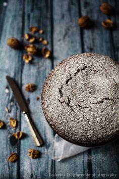 Walnut gianduja cake
