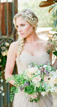 Wedding hairstyle idea; Featured Photographer: Carmen Santorelli Photography