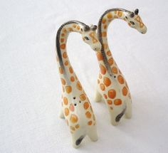 STYLISED CERAMIC GIRAFFES SALT AND PEPPER  SET.