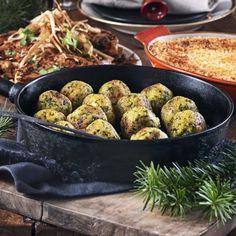 Mandel- och parmesanfrikadeller med saffran och grönkål