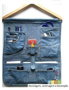 DIY: Jeans Wall Hanging ~ GREAT idea in recycling your old jeans! Perfect for kid's room, the kitchen, craft room...