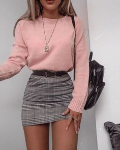 48 Cool Back to School Outfits Ideas for the Flawless Look Karierter Rock Mit Rosa Strickjacke Teen Fashion Outfits, Girly Outfits, Cute Casual Outfits, Cute Fashion, Look Fashion, Stylish Outfits, Womens Fashion, Fashion Teens, Woman Outfits