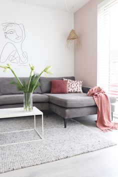 Sofacompany bank Ashta in Danny Steel Grey Apartment Goals, Dream Apartment, Grey Interior Design, Beautiful Living Rooms, Home Furniture, Living Room Decor, New Homes, Sofa, Leiden