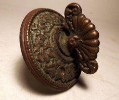 Antique Brass Victorian 3-inch Twist-Key Door Bell Ringer c1880s