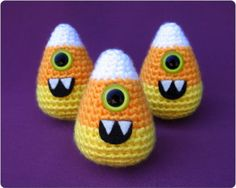 49 Candy Corn Crafts Chic Style in The Halloween Spirit (1)