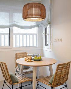 Interiores Design, Valance Curtains, Dining Table, Furniture, Bilbao, Home Decor, Decoration, Google, Kitchens
