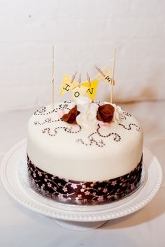 Cake by chefmatthewjoyce.com,   Photography by photopinknyc.com