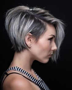 50 Mind-Blowing Simple Short Hairstyles for Fine Hair 2019 50 Mind-Blowing Simple Short Hairstyles for Fine Hair hair is not a curse. Hair of this type is very appealing if properly handled. Pixie Haircut For Thick Hair, Short Hairstyles For Thick Hair, Thin Hair Haircuts, Short Hair Styles Easy, Short Hair Cuts, Curly Hair Styles, Pixie Cuts, Bob Haircuts, Layered Hairstyles