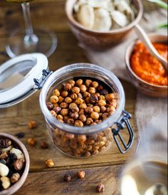 Pois chiches grillés au paprika fumé Chips, Chana Masala, Beans, Favorite Recipes, Vegetables, Breakfast, Ethnic Recipes, Food, Roasted Garbanzo Beans