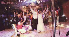 www.bandabaudascores.com.br  Casamento realizado pela Banda Baú das Cores.