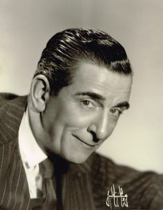 Edward Everett Horton (March 1886 – September was an American character He had a long career in film, theater, radio.I love to watch the old black and white movies on TCM. Hollywood Stars, Hollywood Icons, Vintage Hollywood, Classic Hollywood, Old Movie Stars, Classic Movie Stars, Classic Movies, Actor Secundario, Cinema