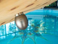 Das Klangei mit Eifix - bau deine Klangmöbel! KLANGEI inkl. 39 klangwelten Titel auf SD-Karte, Fernbedienung, Ladekabel und Klangweltenposter + Efix (Edelstahlaufsatz mit Schraube, damit du deine eigenen Klangmöbel bauen kannst. Für Massageliegen, Klangbett, Klangstuhl usw.)