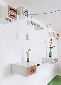 Mikkeller Bar in Denmark by Femmes Regionales - Design Milk Box Shelves, Drawer Shelves, Top Drawer, Storage Shelves, Shelf, Turbulence Deco, Interior Decorating, Interior Design, Retail Design