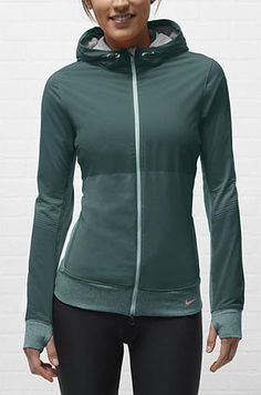 Nike Sphere Full-Zip Women's Running Jacket - Love this - black, green red all gorgeous. Cute Workout Outfits, Workout Attire, Workout Wear, Night Workout, Workout Style, Nike Outfits, Running Outfits, Nike Running Jacket, Running Gear
